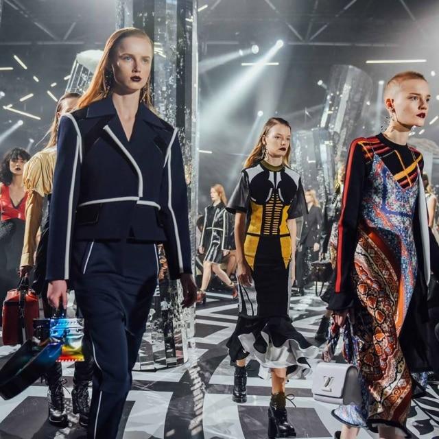 Desfile da coleção de invero 2017 da Louis Vuitton