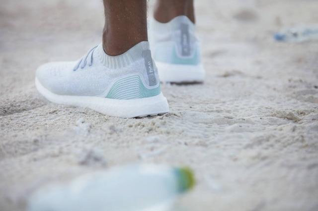 O novo 'Ultra Boost' foi feito com plástico retirado do oceano.