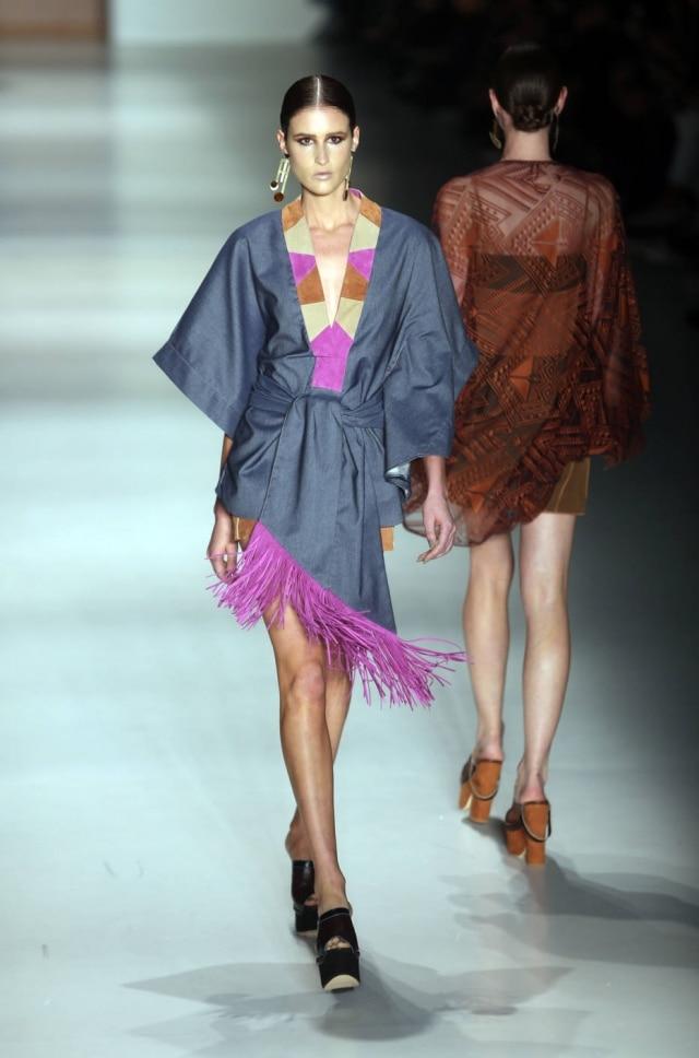 Vestido estilo quimono, aposta da Lilly Sarti