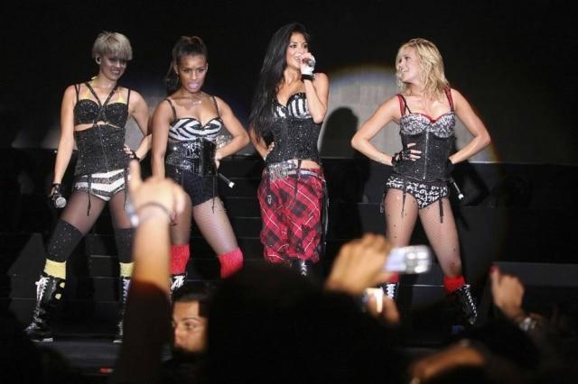 As Pussycat Dolls enviaram comunicado para a imprensa negando as acusações de uma ex-integrante de que a banda seria uma 'rede de prostituição'