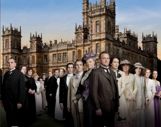 O elenco de Downton Abbey: Série retrata adaptação à mudanças na sociedade no início do século XX