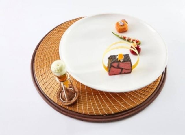 Filé-mignon com bombom de foie gras criado por Giovanna Grossi