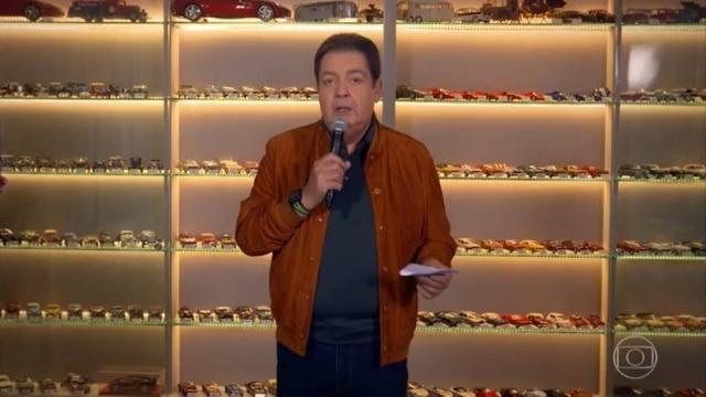 Fausto Silva mostrou sua coleção de carrinhos em miniatura durante o 'Domingão do Faustão'