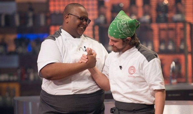 Estefano Zaquini e Vitor Bourguignon na final do 'MasterChef - A Revanche'