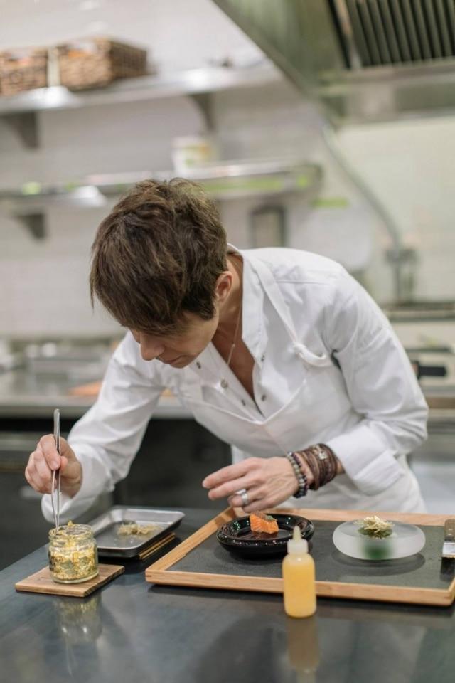 Dominique é intensamente cerebral na elaboração dos pratos, mas, pessoalmente, é apaixonante.