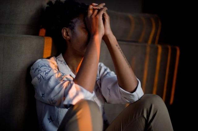 Ansiedade e depressão: campanha da Medley pretende aumentar empatia e promove escuta ativa de pacientes em sofrimento emocional.