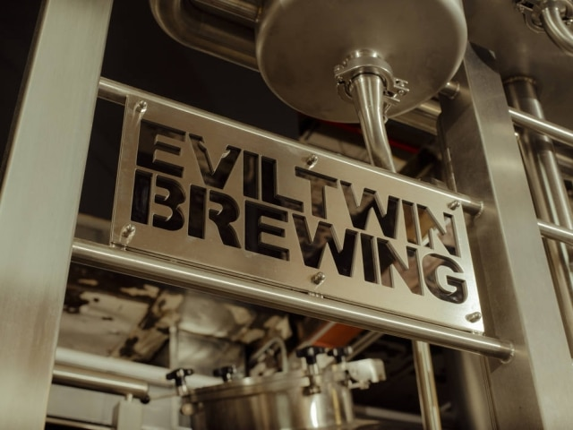 Cervejaria Evil Twin, ao redor do Queens