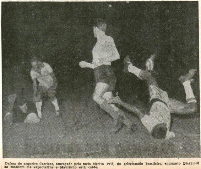 Pelé aos 16 anospressiona goleiro argentino no Pacaembu