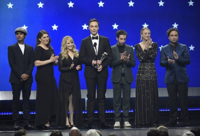 Elenco de 'The Big Bang Theory', em janeiro de 2019, na premiação do Critics' Choice Awards, na Califórnia.