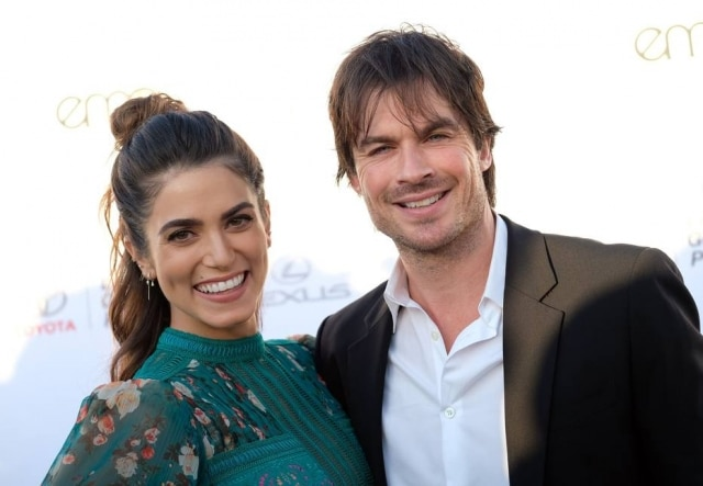 Nikki Reed e Ian Somerhalder apresentaram o Environmental Media Association juntos.
