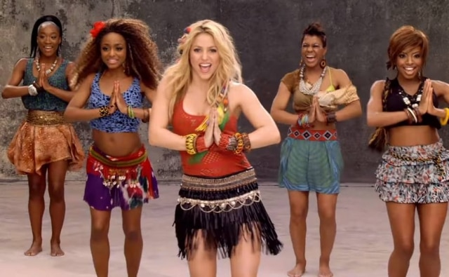 Shakira em cena do clipe 'Waka Waka', tema da Copa do Mundo de 2010, na África do Sul.