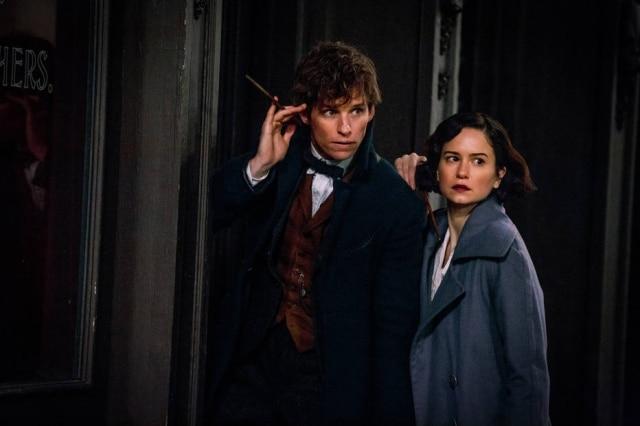 Eddie Redmayne e Katherine Waterson, parte do elenco da franquia, já estão confirmados no terceiro filme, que irá se passar no Rio de Janeiro