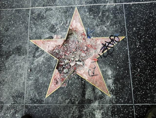 Estrela de presidente foi vandalizada em Hollywood