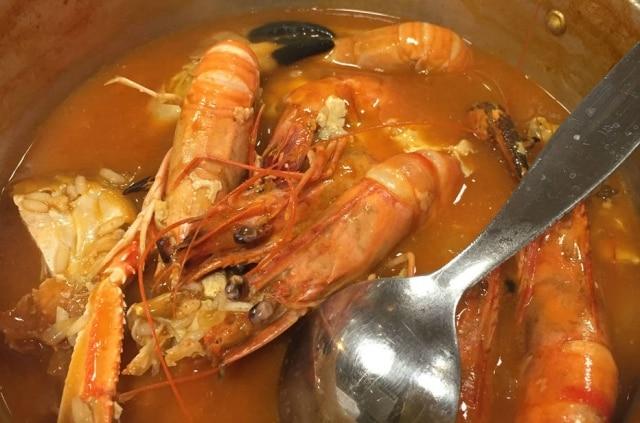 A Marisqueria, em Lisboa, serve um único prato: o arroz malandrinho, que vem cheio de mariscos