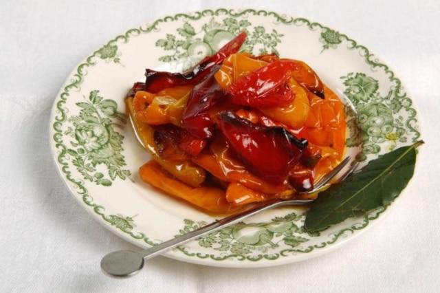 Minipimentões feitos pela chef Heloisa Bacellar