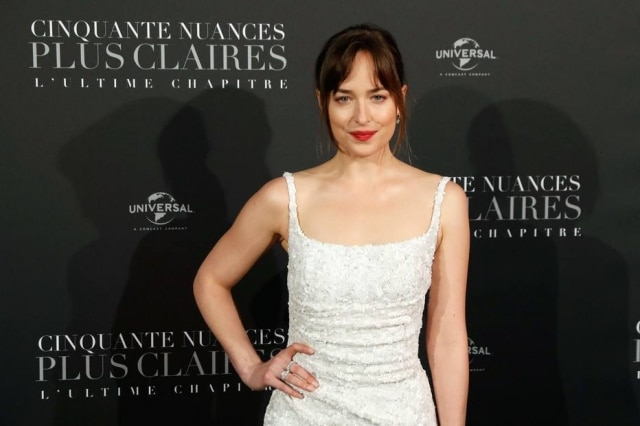 A atriz Dakota Johnson.
