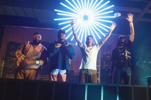 DJ Khaled, Justin Bieber, Chance the Rapper e Quavo em 'No Brainer'.