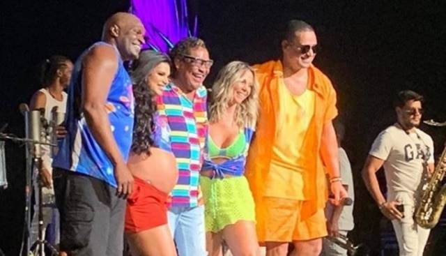 Ex-integrantes do É o Tchan no Carna Bis, evento pós-carnaval realizado em Orlando, nos EUA.