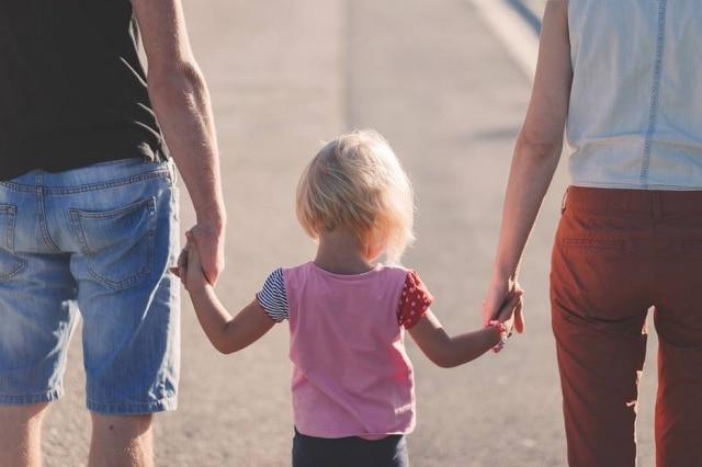 Estudo aponta que traumas sofridos na infância podem causar efeitos negativos na geração seguinte.