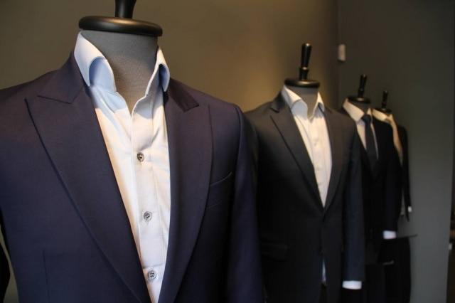Detalhe das criações da Merino, marca focada em criações de alfaiataria masculina customizáveis, sob medida e sob encomenda