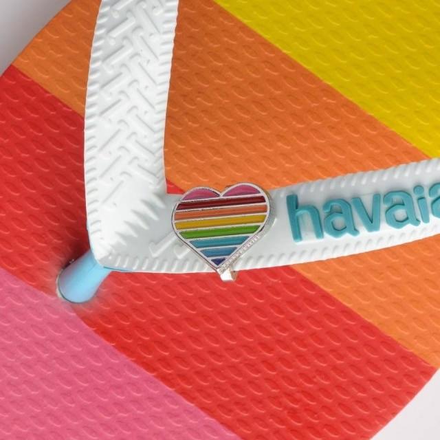 Coração arco-íris representa o amor e é pedido por um mundo mais tolerante e acolhedor
