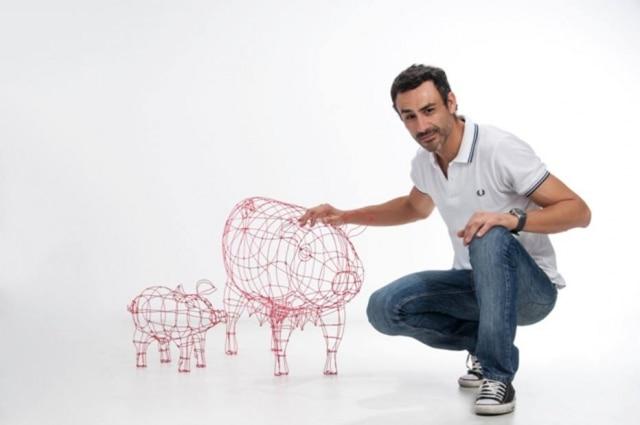 Designer Roberto Romero e a coleção A Maternidade