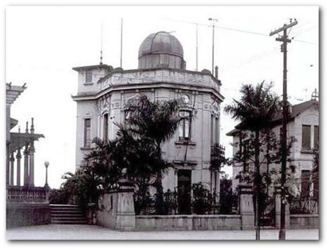 Observatório Astronômico e Meteorológico de São Paulo, na Avenida Paulista, década de 1920.O instituto foi responsável pelos primeiros estudos climáticos sobre acidade.