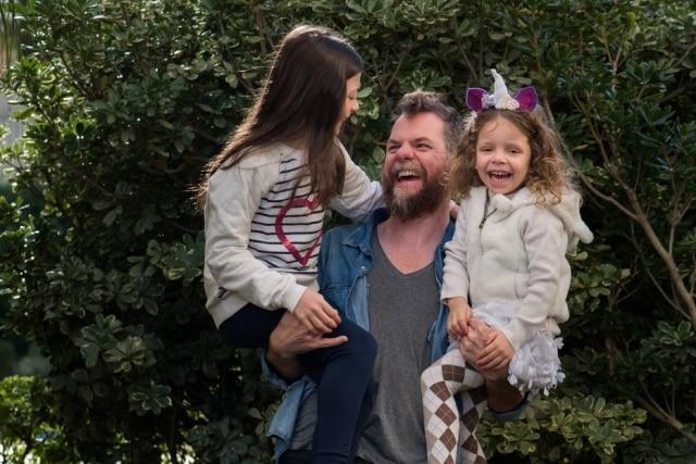 Marcos Piangers é pai de Anita, 13 anos; e Aurora, 5 anos.