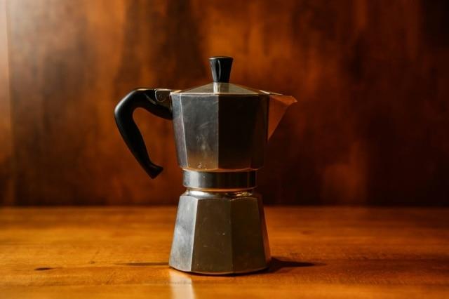Moka, também conhecida por cafeteira italiana ou Bialetti.