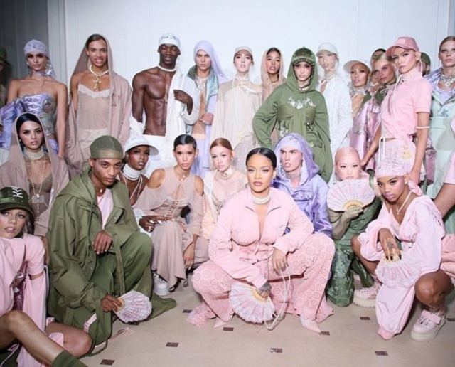 O segundo desfile da Fenty x Puma apresentou looks de estilo urbano feitos com tecidos nobres