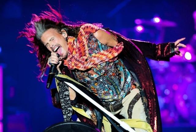 Steven Tyler se apresentou no Rock in Rio e fará shows em mais duas cidades brasileiras.