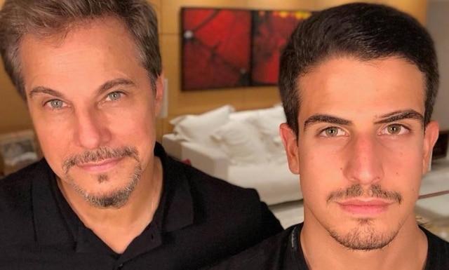 Edson Celulari ao lado de seu filho, Enzo.