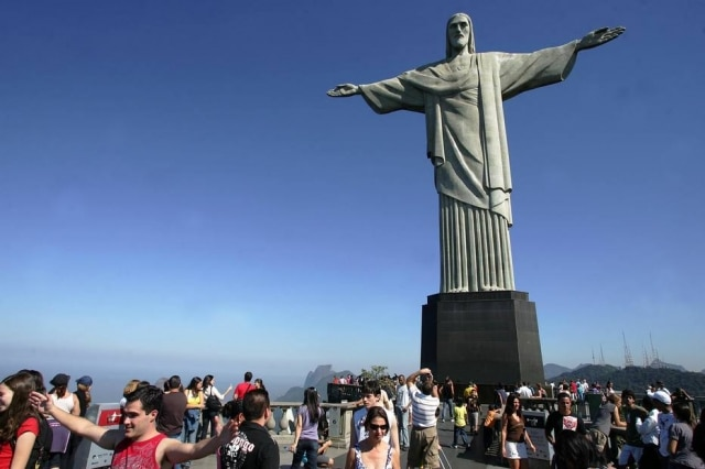 Estátua do Cristo Redentor, cartão postal da cidade