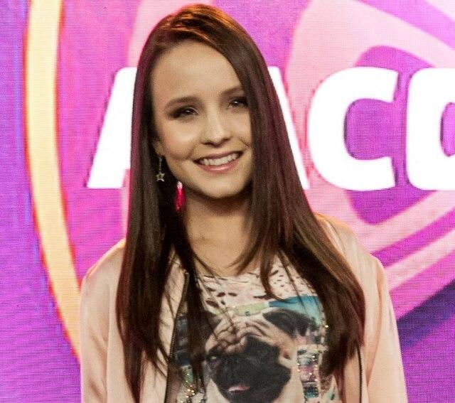 Larissa Manoela aderiu à dieta de Mayra Cardi, que recebeu críticas de outros clientes.