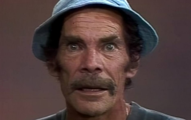 Ramón Valdés como o Seu Madruga, personagem do seriado 'Chaves'.