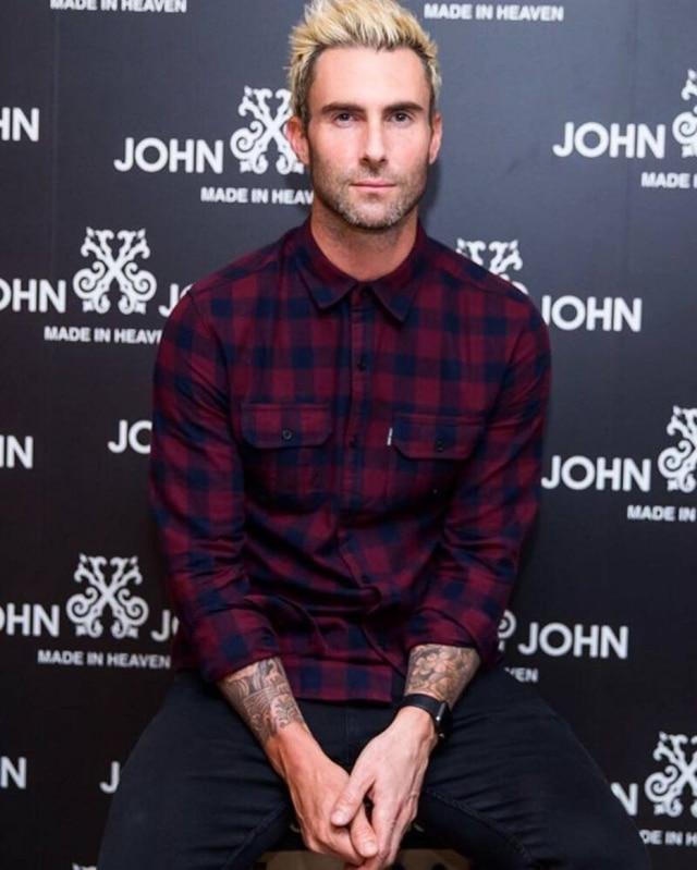 O cantor Adam Levine está no Brasil em turnê da banda Maroon 5