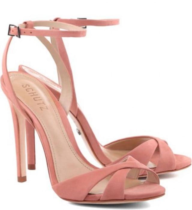 A Duquesa usou sapato nude da Schutz que custa R$350.