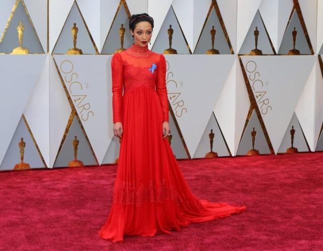 Ruth Negga brilhou de Valentino.