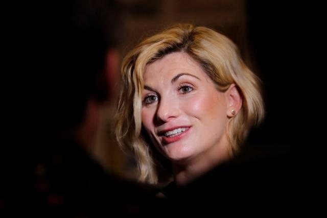 "Jodie Whittaker, a nova""The Doctor""."