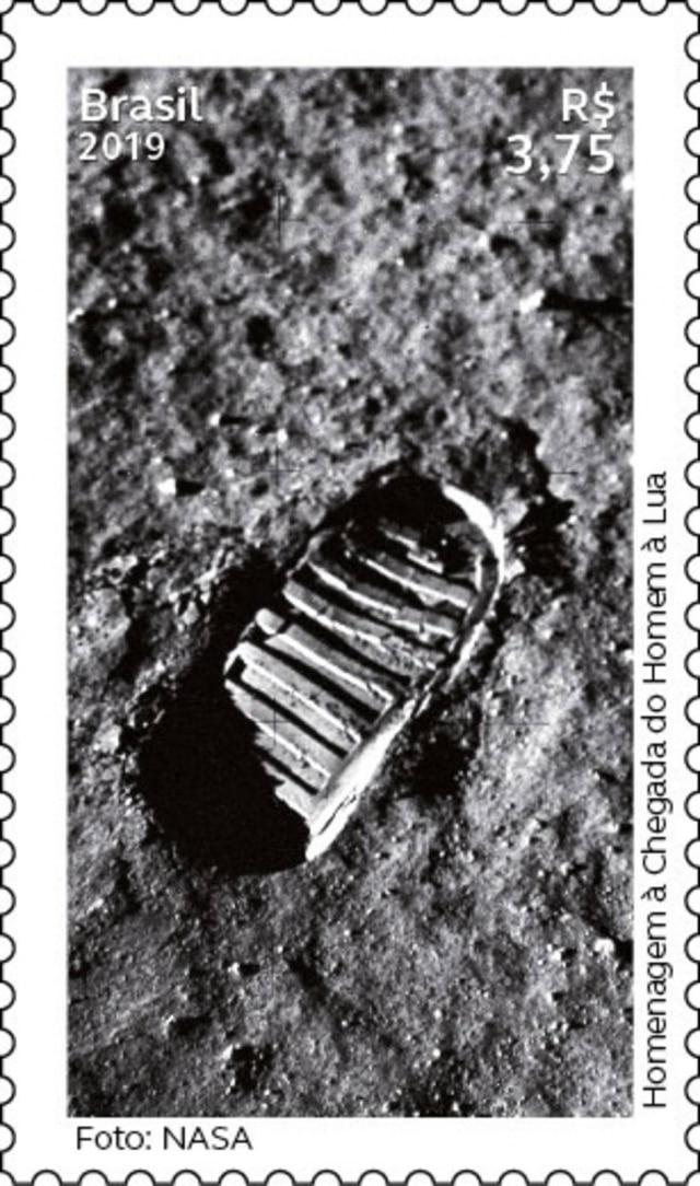 Com tiragem de 240 mil selos em homenagem aos 50 anos da chegada do homem à Lua, a emissão tem valor de R$3,75 a unidade.