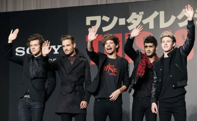 Da esquerda para a direita, Harry Styles, Liam Payne, Louis Tomlinson, Zayn Malik e Niall Horan
