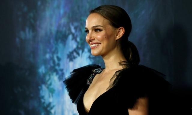A atriz Natalie Portman se recusou a receber um prêmio milionário em Israel como protesto pela morte de palestinos em confrontos contra forças militares israelenses