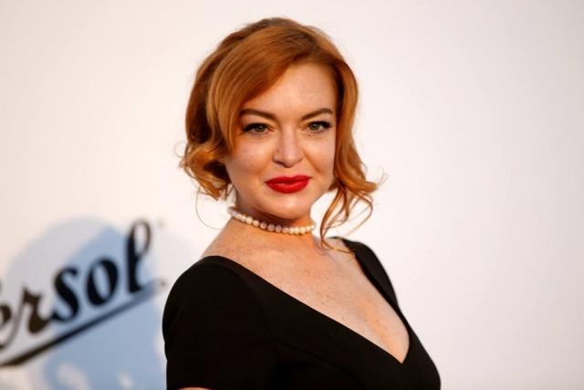 Além da marca de cosméticos, Lindsay Lohan é dona de uma badalada casa noturna em Atenas e pretende abrir uma filial em Mykonos