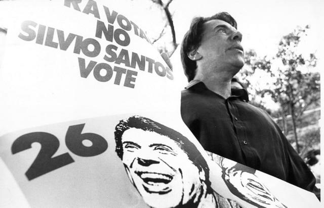 O apresentador de TV e dono do SBT em campanha em 1989.