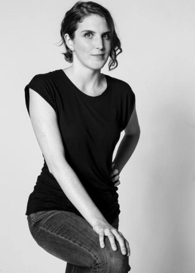 A designer Ana Neute