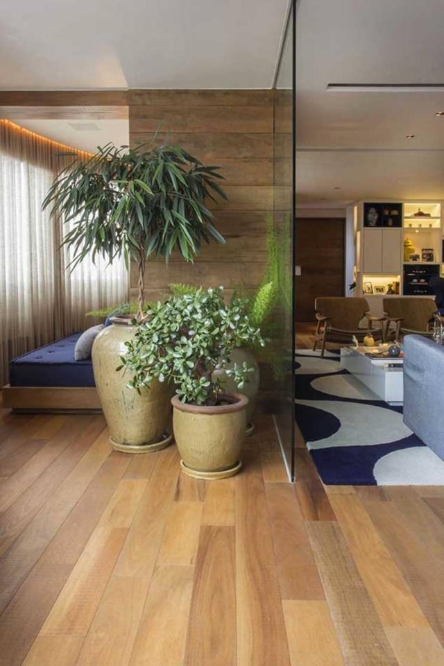 Projeto do estúdio de arquitetura Meyer & Cortez em apartamento no Morumbi