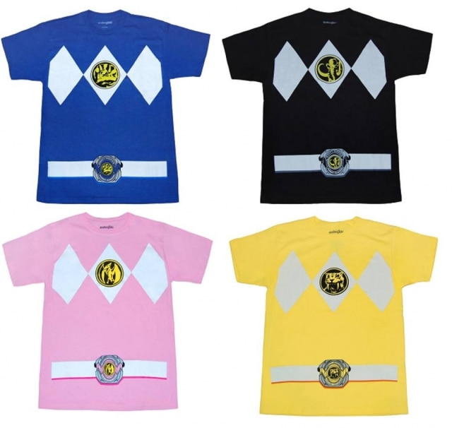 O uniforme clássico de 'Mighty Morphin Power Rangers' está estampado na peça.