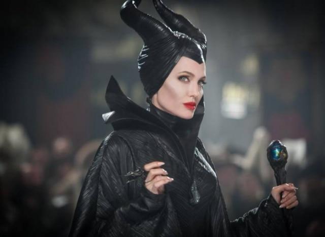 Atriz fez o papel de madrasta da Branca de Neve em 'Malévola' (2014)