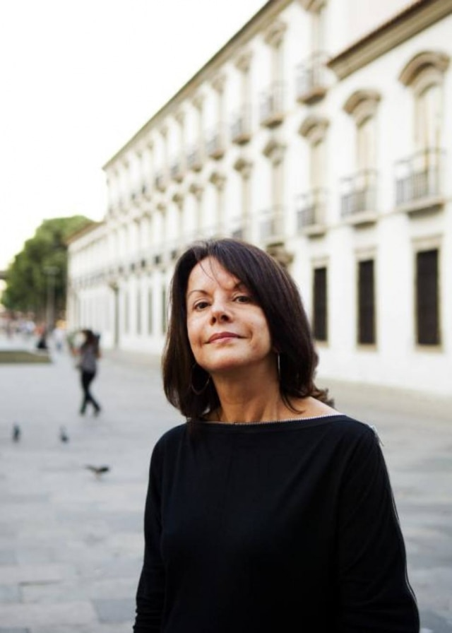 A arquiteta Elizabeth de Portzamparc, vencedora do concurso internacional promovido pela prefeitura de Nîmes, em 2012