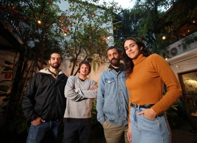 Mr. Poke. Lucas Marques, Thomas Carparelli Teisseire, Felipe Scarpa e Manuela Albuquerque